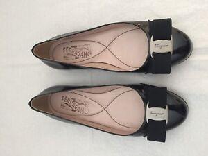Women Ferragamo Flats, Black, Size 5C