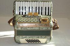 Piano accordion akkordeon SCANDALLI  32 bass