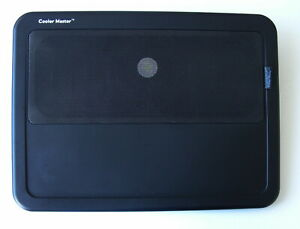 """Support Refroidisseur Cooler Master pour Portable 17"""" avec ventilateur sur USB"""