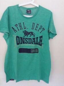 LONSDALE T-shirt - Size M