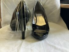 Ladies / Men's Court Shoes High Heeled Size 9