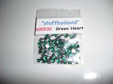 D00530 200-Green Acrylic Heart Rhinestones (3mm)