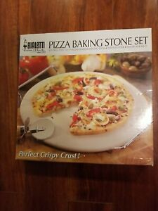 PIZZA BACKING STONE SET BIALETTI CASA. ITALIA PERFECT CRISPY CRUST BRAND NEW FS!