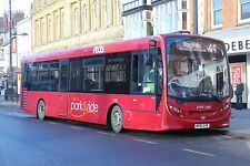 2726 HF65AYE Wilts & Dorset - Salisbury Reds, Salisbury 6x4 Quality Bus Photo