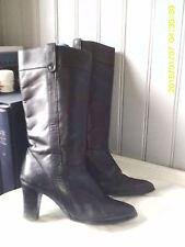 bottes ANDRE courtes plein cuir noir   .t 38 (24 / J)