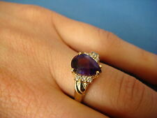 14K GOLD AMETHYST AND DIAMONDS CLASSIC LADIES RING, 3.6 GRAMS, SIZE 6.5