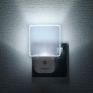 Integral LED Night Light Plug In Walls With Dusk Auto Sensor Decorative Landings