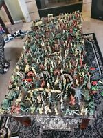 Huge Lot of Plastic Army Men & Toy Soldiers Tanks Barricades Helicopters 3 lbs