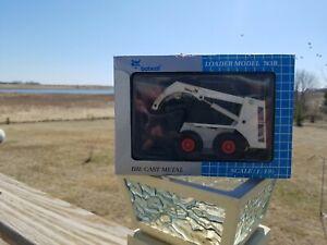 Toy Bobcat Skid Steer Loader 1:19 Model 743B