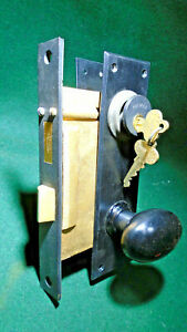 NORWALK BAKELITE ART DEC0 MORTISE ENTRY LOCK SET w/PLATES, KNOBS, KEYS NOS 12126