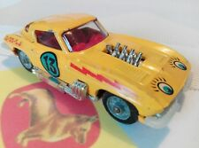 Corgi Toys 337 Costumized Chevrolet Corvette Sting Ray Lazy Bones vintage GUT !