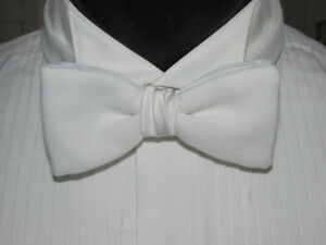 VINTAGE WHITE BOW TIE BANDED ME2