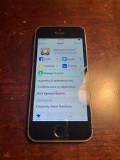 Apple iPhone SE - 16GB -(T-Mobile) Jailbroken iOS 9.3.1