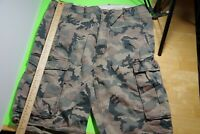 USED Camouflage shorts - Levis size 36 MENS