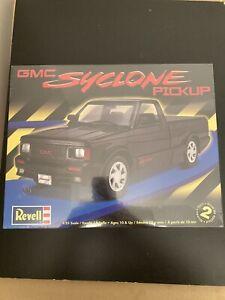 Revell GMC Syclone Pickup Truck Model Kit Flatbox