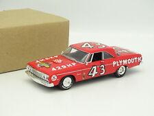 Uh Universal Hobbies 1/43 - Plymouth Belvedère 1964 Nascar