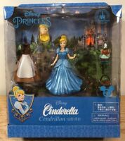 NEW Disney Princess Cinderella Magic Clip Magiclip Dress Polly Pocket Doll Set
