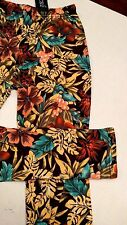DOCELE LEGGINGS - Dark Tropical Flowers - Small - NEW