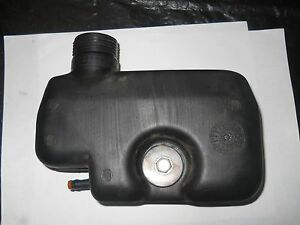 Used Honda Mower Fuel Tank 17510-ZE6-T00 / Rubber 17516-896-700 / Bolt / Washer