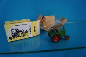 Marklin 18029 Ackerschlepper - Traktor NEW Cast Metal 1:43