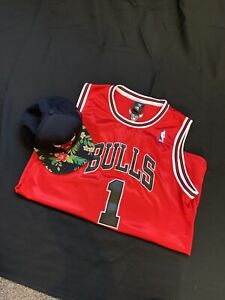 Derrick Rose Red Chicago Bulls Jersey And Hat