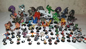 700+ Dungeons & Dragons Miniatures D&D Minis Lot with Cards, Battle Maps, Rules