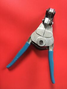 Ideal Stripmaster 16 - 26 AWG Automatic Wire Stripper