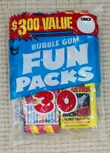 1981 Topps Fun Bag with (8x) Battlestar Galactica Packs & (22x) Mystery Packs!