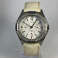 Guess Womens U1262412 Dimond Accent Quartz Analog Wristwatch Cream Leather Strap
