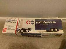 Amt #5201 North American Van Lines Moving Trailer 1:25 vintage Model Truck Kit