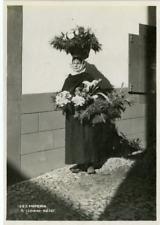 Portugal, Madeira, a flower seller Vintage print, Portugal Tirage argentique