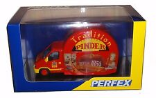 Miniature de Collection RENAULT MASTER CIRQUE PINDER Tradition 1/43