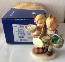 Goebel Hummel Figurine 2004 Going To Grandma's 4.75� Original Box