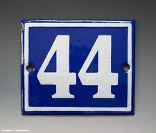 EMAILLE, EMAIL-HAUSNUMMER 44 in BLAU/WEISS um 1950