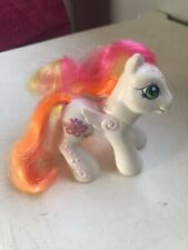 My Little Pony White Baby Honolu-Loo Butterfly Flower Hasbro 2004 Hasbro G3