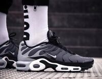 NIKE AIR MAX PLUS TnAir 852630-016 Grey Black Size UK 7.5 EU 42 US 8.5 New