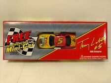 Terry Labonte #5 Honey Crunch Chevy Monte Carlo 1:64 Scale Diecast mb1496