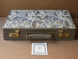 REEO TAUPE LEATHER-LIKE & FLORAL TAPESTRY ATTACHE CASE WITH COMBINATION LOCKS