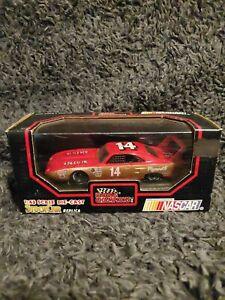 1992 Racing Champions 1/43 Diecast StockCar 70 Plymouth Superbird Replica #14