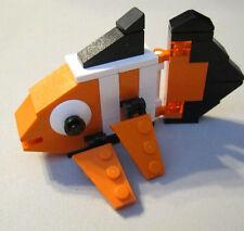 #30022 24 pieces Lego Bee 2011