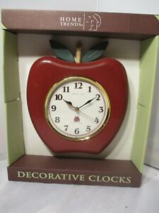 Home Trends~ Sterling and Noble Country Clock Company~ Apple Wall Clock New!