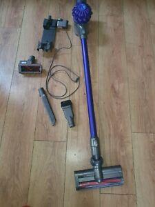 Dyson V6 animal Cordless Vacuum Cleaner. ( Pls Read Full Description)