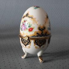 Art Faberge- Ei mit Messing-Montierung, Porzellan-Deckeldose, Sammlerdose,