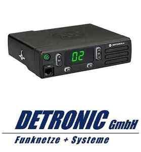 Motorola Mobilfunkgerät DM1400 VHF 136-174Mhz - 16 Kanal - 25 Watt - Analog