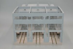 Walthers #933-2916 HO Scale Diesel House (Built)