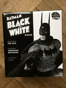 BATMAN BLACK AND WHITE STATUE : TIM SALE from DC Direct , 1st EDITON, MIB