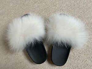 Girls White/Cream Real Fur Flat Fluffy Sliders Flip Flops Slippers Size UK2/EU34