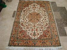 Muted Sarafia Flowers Classic Hand Knotted Area Rug Wool Silk Carpet (6 x 4)'