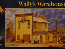 Walthers Cornerstone HO #3605 Wally's Warehouse - kit
