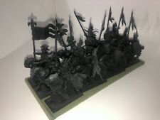 Warhammer Bretonnian Knights of the Realm (12) Primed plastic OOP
